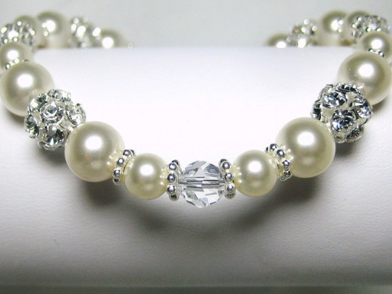 Pearl Bridal Bracelet, Ivory Pearl and Crystal Wedding Bracelet, Swarovski Pearls, Rhinestone, Wedding Jewelry, Paulina B206B07