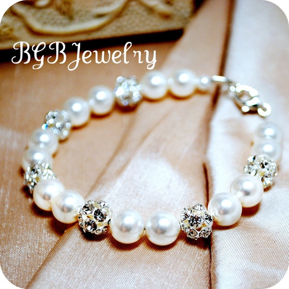 White Pearl Bridal Bracelet, Rhinestone Sparkle Wedding Bracelet, Bridal Jewelry, Bridesmaids Pearl Bracelet, Swarovski Pearl, B252