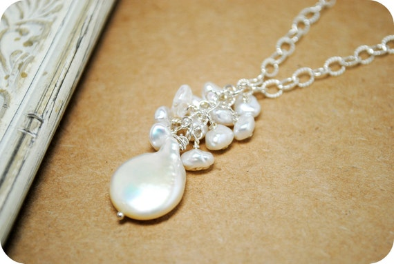Cluster Pearl Pendant Bridal Necklace, Nugget Pearls, Cluster Back Drop Necklace, Wedding Pearl Necklace Beach Wedding, Elegant Wedding