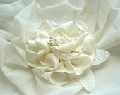 Ivory Winter White Ribbon Flower Corsage Pin with Velvet Millinery Leaves - Vintage Style for your Winter Wardrobe - Coat or Scarf Accessory