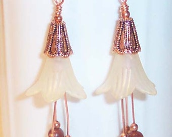COPPER DAFFODILS Copper Lucite Yellow Flowers Dangle Earrings BHV
