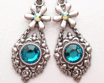 Delightful Daisy Earrings- Antiqued Silver and Swarovksi Crystal (E-073)
