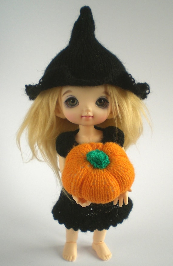 Halloween Knitting Patterns for Pukifee and Lati Yellow