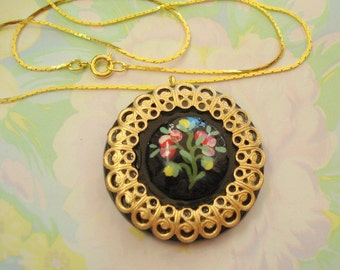 Vintage Handpainted Flower Button with Filigree Pendant Necklace