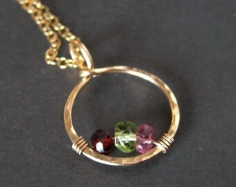 mothers birthstone necklace CIRCLE OF LOVE - 14K gold filled, genuine gemstone, 3 stones / friendship necklace / sisters necklace
