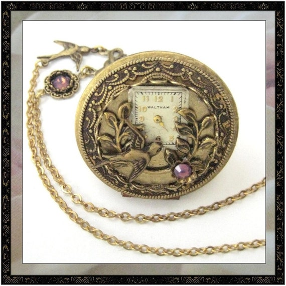 Big Sparrow And Lace Locket ... Steampunk