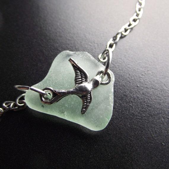 Free Fallin' - Sea Glass Jewelry - Seaglass Bird Necklace