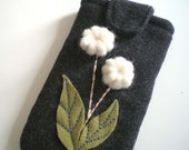 Wooly Flowers Charchoal Gray Case for iPhone, Blackberry Pearl, Cell Phones