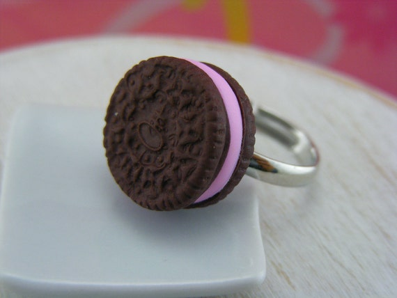 Double Stuffed Oreo Ring