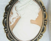 Ladies Profile on ANGELSKIN CAMEO set in Goldtone