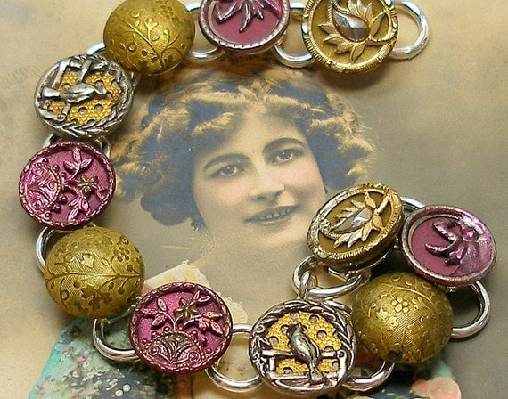 PEACOCKS Antique BUTTON bracelet, Victorian birds & fans in pink, gold. Antique button jewelry, jewellery.