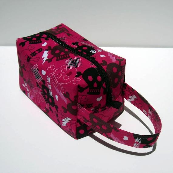 SUMMER SALE - Hot Pink Skulls Zipper Box Knitting Project Bag