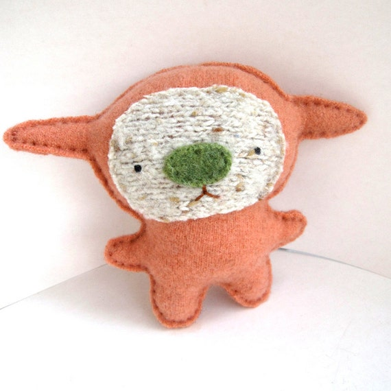 Flora Foo - Recycled Cashmere Plush Toy