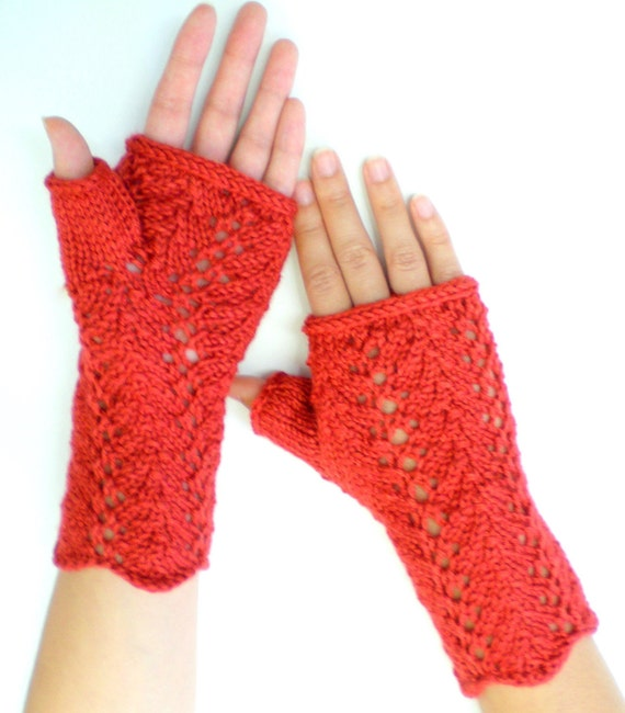 Women Knit Lace Fingerless Gloves - Candy Apple Red Lace