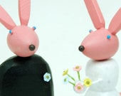 Bride and Groom Bunnies for your Wedding Cake