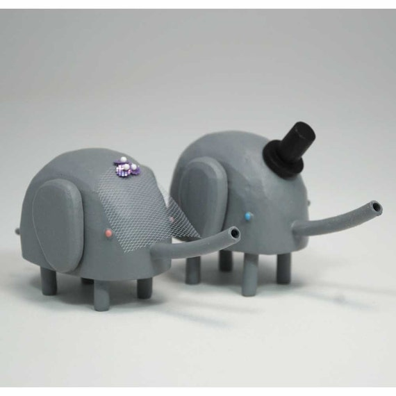 Bride and Groom Elephants for your Wedding Cake