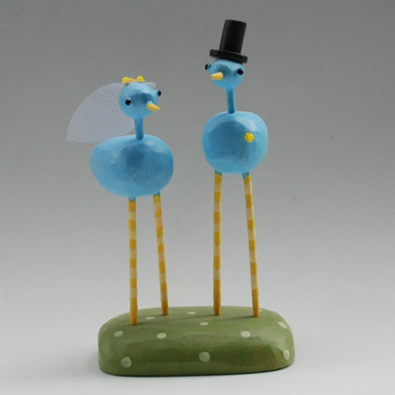 SALE Bride and Groom Birds for your Wedding Cake with detachable display stand