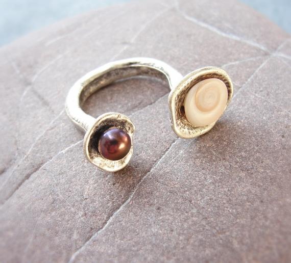 Sea Treasure Collection - Pearl and Eye of Shiva Shell Ring