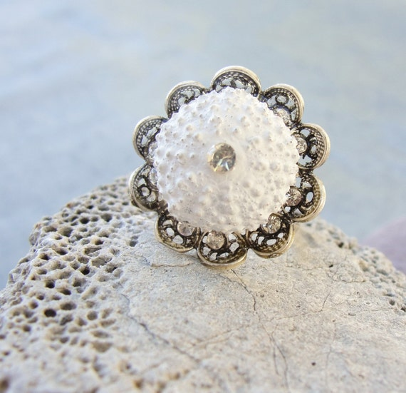 Sea Urchin White Flower Ring