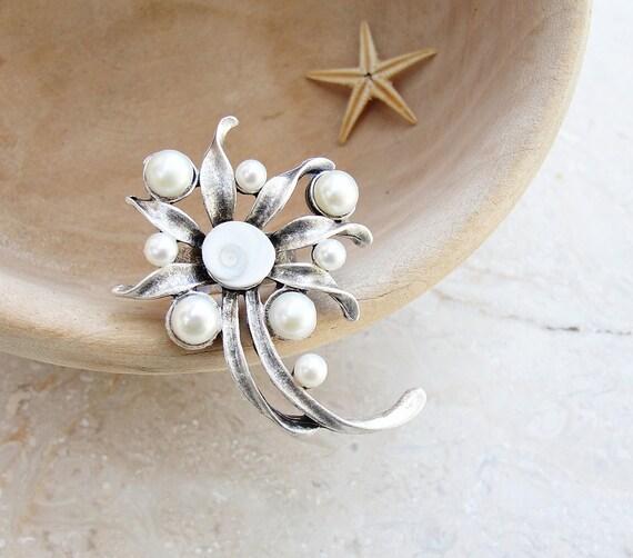 Pearl and Shell Ring, Sea Treasure Cocktail Ring, Pearl and Eye of Shiva Shell Ring