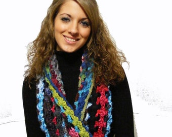 Crochet Infinity Scarf Pattern with Vintage Style Flower Brooch or Clip Tutorial Crocheted Infinity Cowl No. 45
