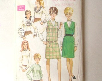 Simplicity 7765 Vintage 60s Sewing Pattern 36 Bust Misses Jumper and Blouse Ruffle Neckline Nehru Collar