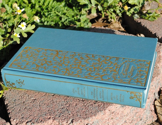 CLEARANCE - Book Safe - Doubleday Romance Library - Hollow Secret Book