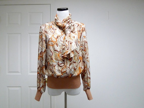 1970 vintage fall colors PAISLEY long sleeve shirt . medium . made in USA