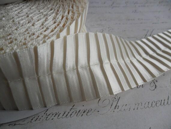 1.5 inch White Pleated Satin Ribbon Trim