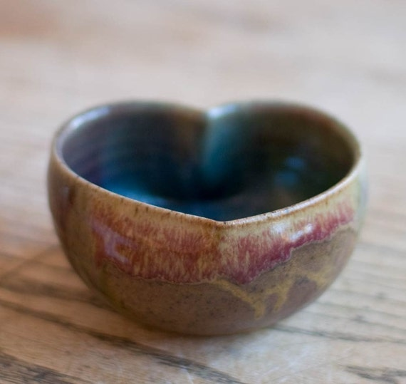 Heart bowl  -Large (5x2.25)