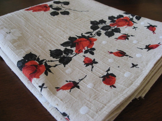 New Vintage - Red Roses - Nubby Cotton