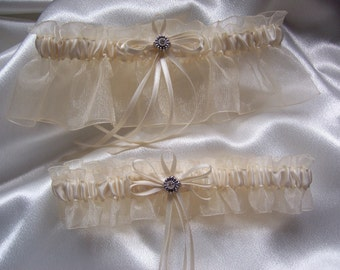 Elegant Ivory Wedding Garter Set