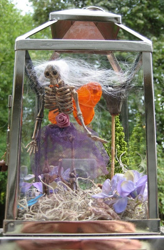AlteRed aRt TwiLiGhT LaNtErN GaRdEn Fairy sKeleToN OOAK
