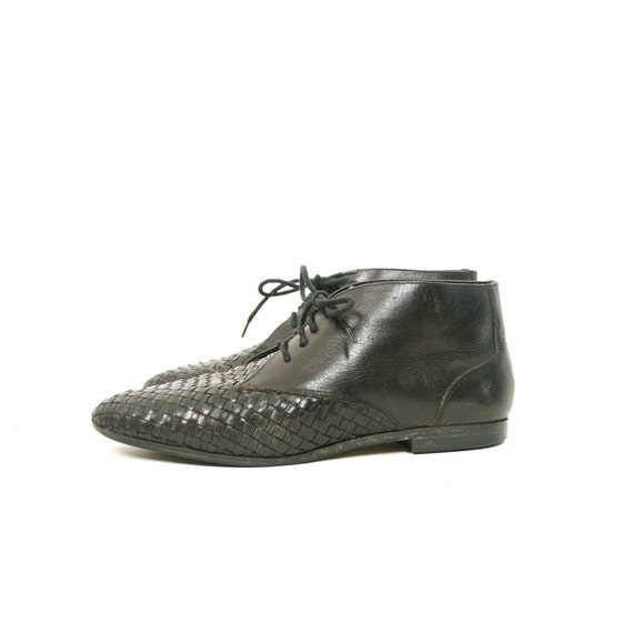 size 8 vintage WOVEN black leather ankle boots 38.5