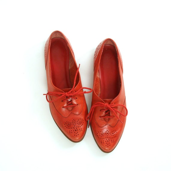 reserved for SAVANNAH size 6.5 red leather wintip oxfords 36.5