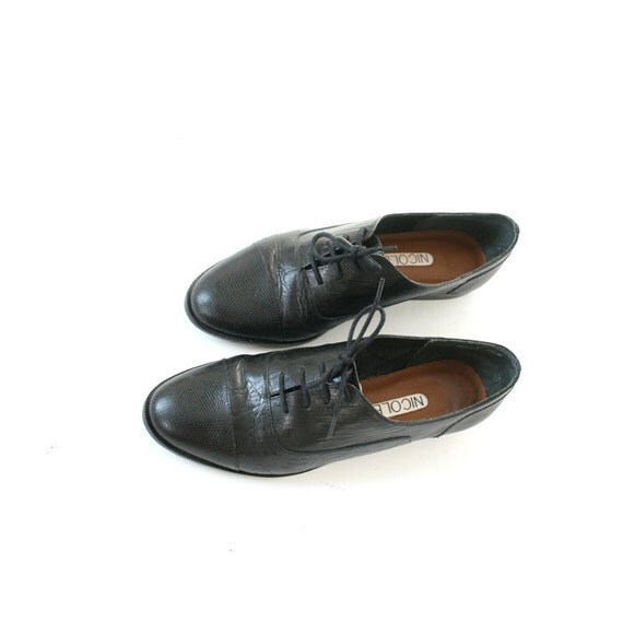 RESERVED for Alice size 7.5 black animal skin print leather oxfords