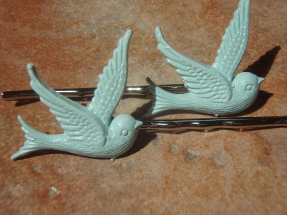 Vintage Collection- Tweet Tweet Tweedilite Minty Fresh Green Swallow Bird Hair Bobby Pins - - Gift Packaged