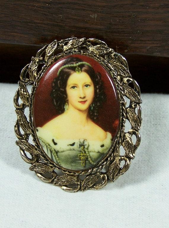 Vintage Victorian Porcelain Portrait Cameo Woman's Belt Buckle