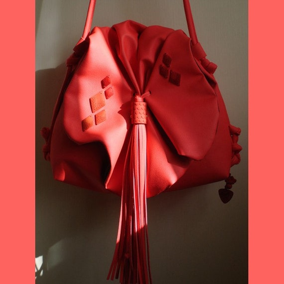 VEGAN leather Siouxsie bag in fluro Coral.