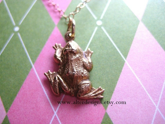 Frog Charm Necklace - Sorority Girls Preppy Frog lovers