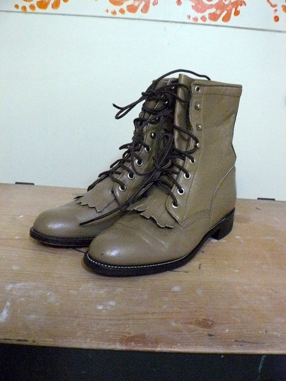 ON RESERVE Vtg Camel Brown Leather Justin Lace Up Combat Boots Size 6