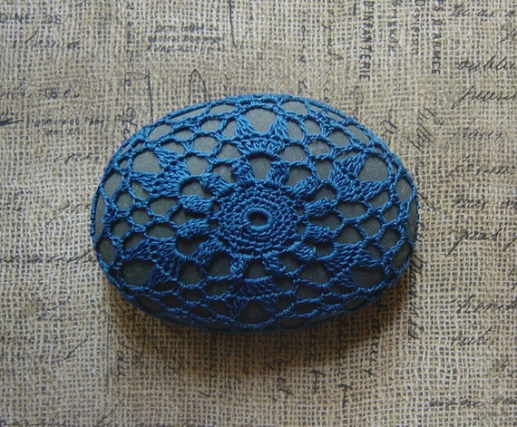 Home Decor, Table Decorations, Crochet Lace Stone, Holiday, Thanksgiving, Entertaining, Handmade, Original, Woodland, Nature, Blue