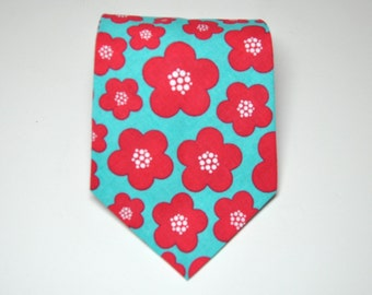 Men's Necktie Aqua Blue and Red Blossoms Tie