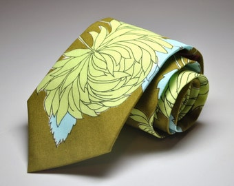Me and Matilda Everyday Necktie Olive Chrysanthemum