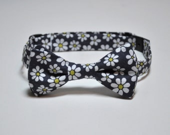 Bowtie for Little Boys Grey Daisies