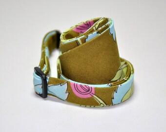 Men's Bow Tie Olive Chrysanthemum Freestyle Bowtie