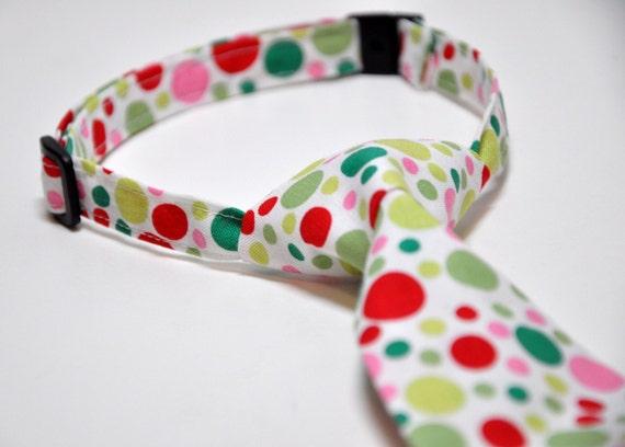 Boy's Christmas Necktie, Santa Dots, Toddler Necktie, Baby Necktie, Red and Green