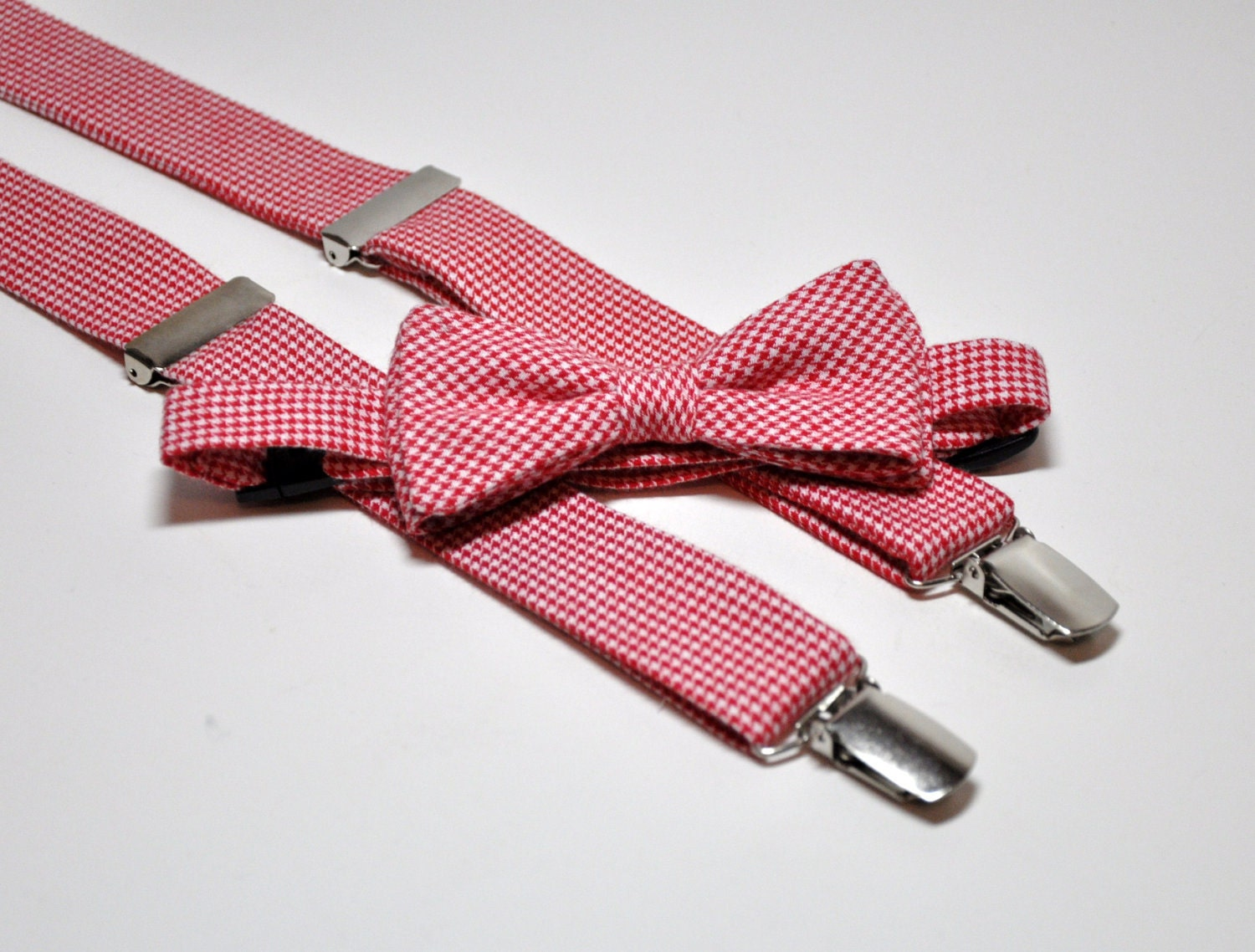 Free shipping on boys' ties at thrushop-9b4y6tny.ga Shop for the latest ties and bow ties from the best brands. Totally free shipping and returns.
