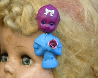 Blue Eyed Lola Brooch