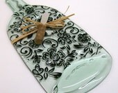 Recycled Wine Bottle Serving Tray/Cheese Board With Wine Cork Spreader (Floral Scroll Pattern)